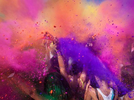 Mabull Events | Services | Special effects: Holi (6)
