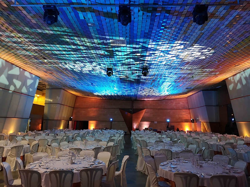 Mabull Events | Services | Audiovisual material: Professional lightning